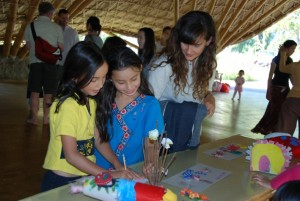 Teachers & students of Panyaden School enjoying a Science presentation by their kindergarten schoolmates