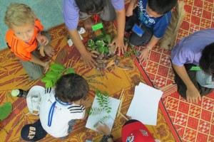 Panyaden Summer School teachers and students ready to make art with leaves
