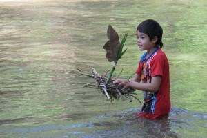 Panyaden Summer School student with his hand-made net