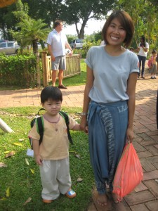 Thai parent with student of Chiang Mai's bilingual school, Panyaden