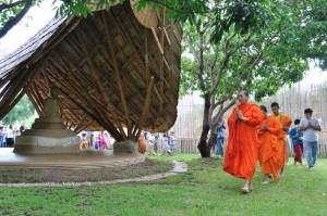 Chiang Mai monks leading Panyaden School in candle ceremony on Wisakha Bucha