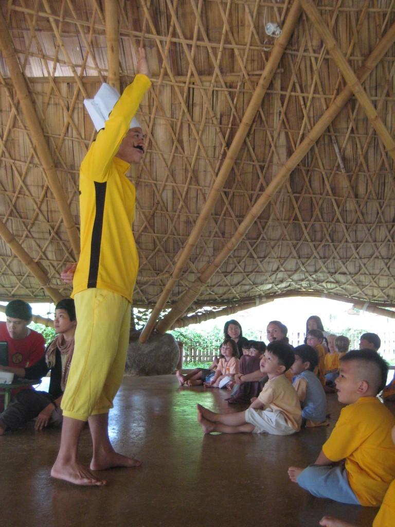 Kung Fu Chef teaches Panyaden International School students the school's wise habit, Khanti