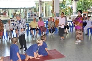 Panyaden School students at senior home in Chiang Mai