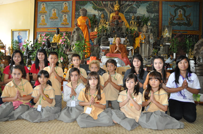 dsc_3748 Panyaden School students at Wat Don Chan Chiang Mai