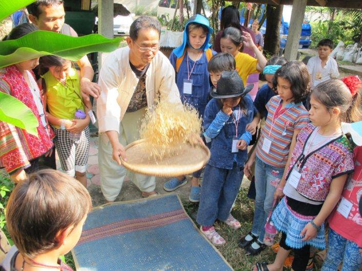 img_8714 Panyaden students on field trip to rice mill