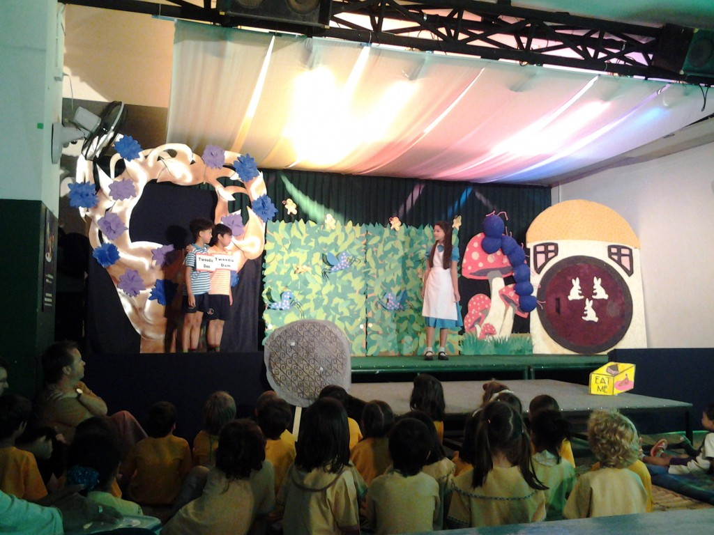 Panyaden School drama students attend play in Chiang Mai