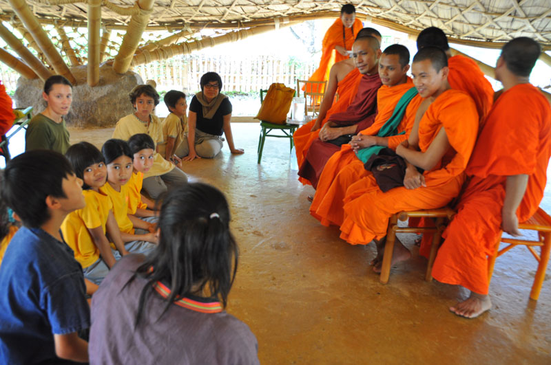 children-present-12-wise-habits-to-visiting-monks-2