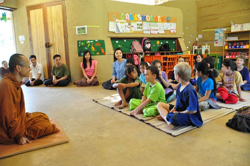 phra-ajahn-jiew-makha-bucha-day-visit-7