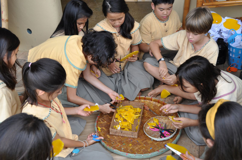 dsc_6285 Candle-making for Asanha Bucha Day, Panyaden School Chiang Mai