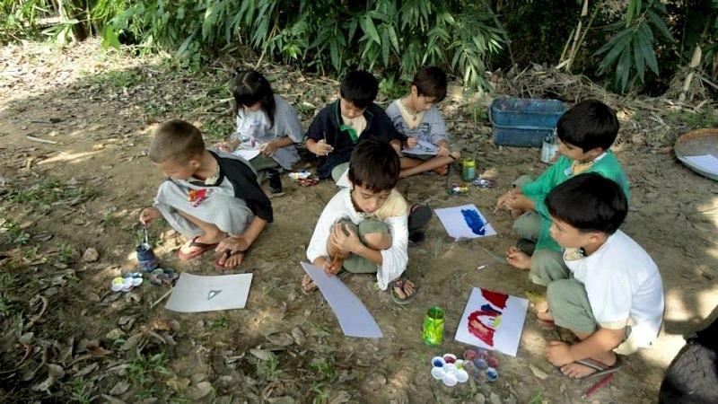 prathom-landscape-painting-outdoors-1-panyaden-school
