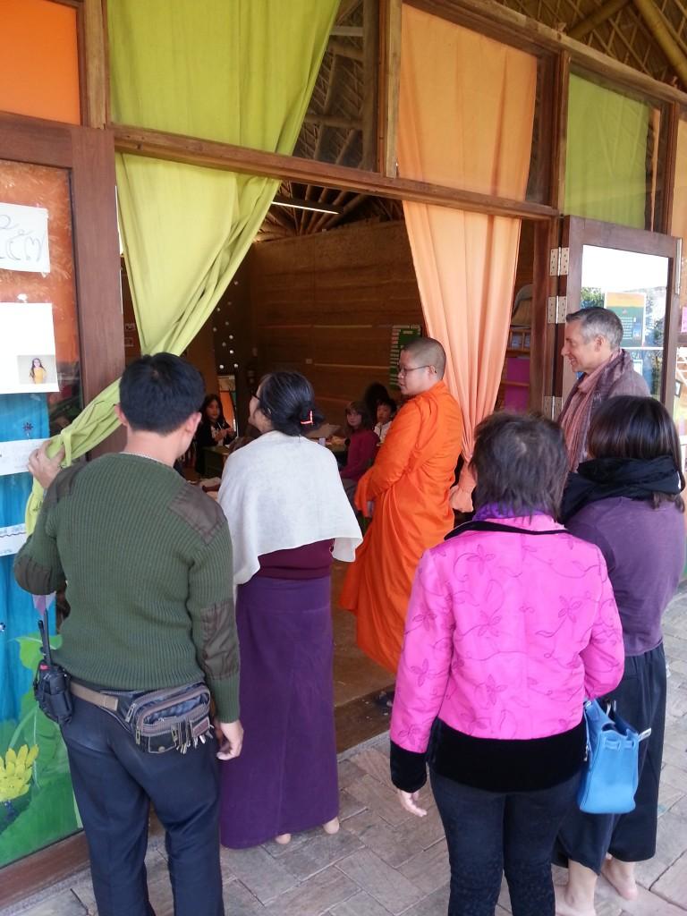 Ajahn Vajiramedhi visits Buddhist school in CHiang Mai, Panyaden School