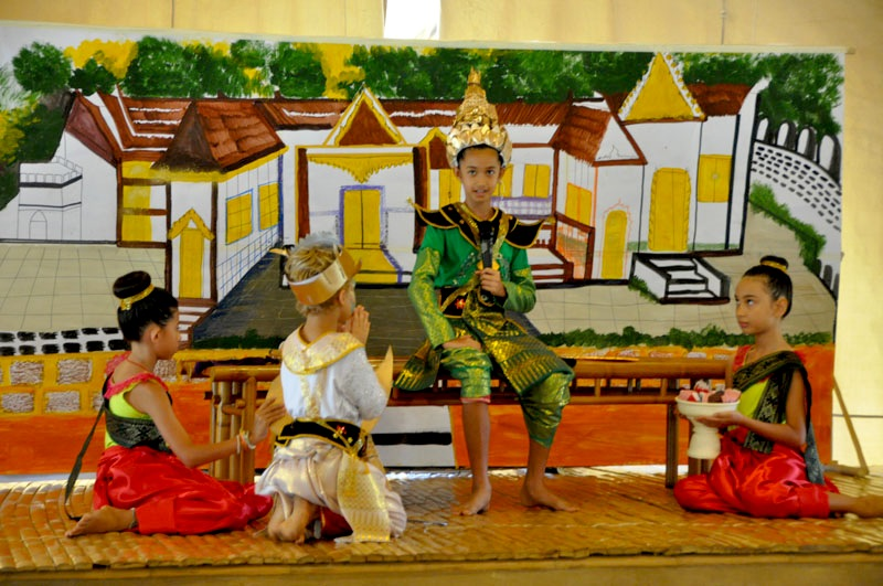 dsc_3323 Panyaden students perform a Thai play