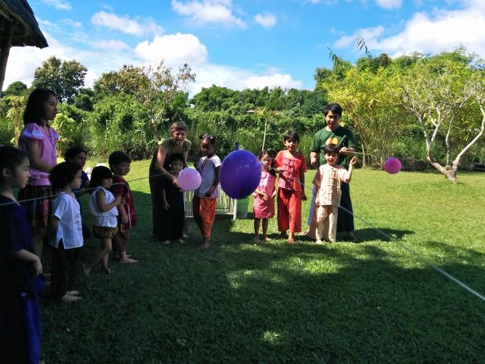 Science Fair 2014 rocket balloons, Panyaden School Chiang Mai