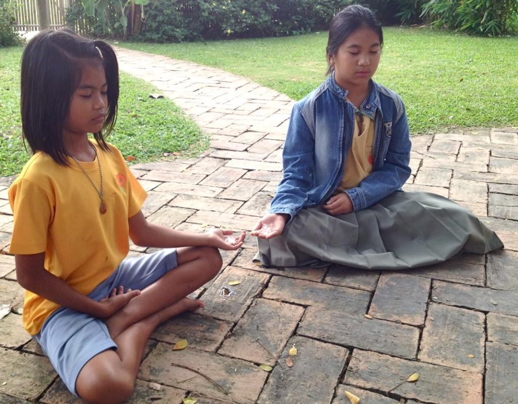 Panyaden Prathom students mediate with ice in hands