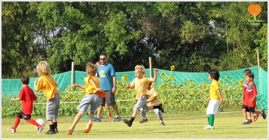IMG_2887 Panyaden School student football game