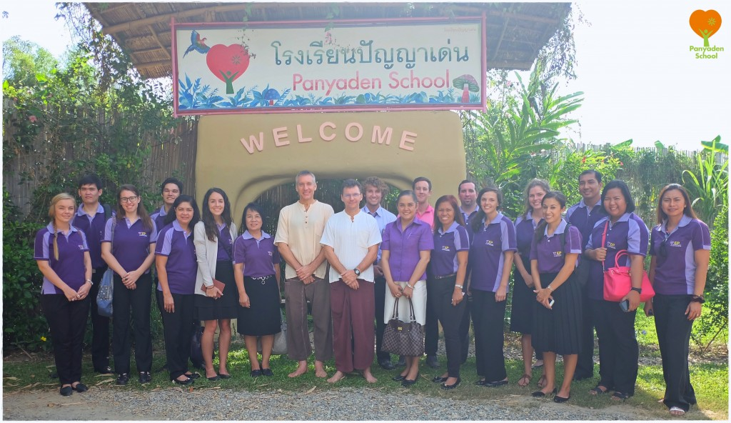 DSCF4104 Panyaden School team with visitors from Anubaan Chiangmai School