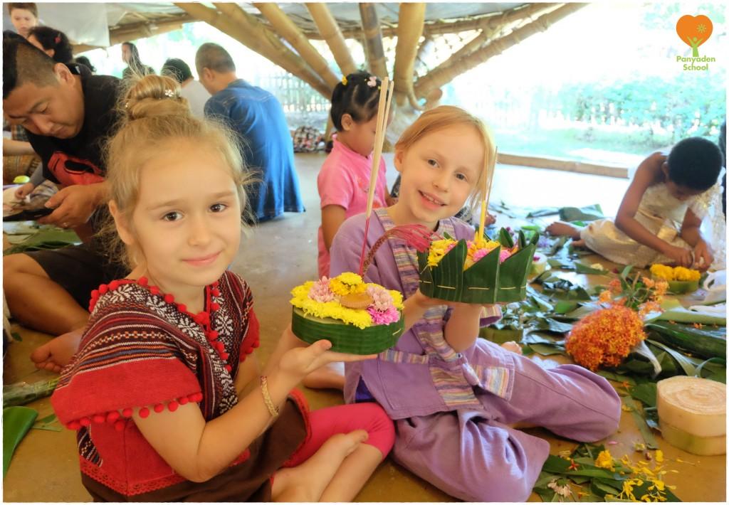 DSCF5025 Happy students with their handmade krathongs, Panyaden School