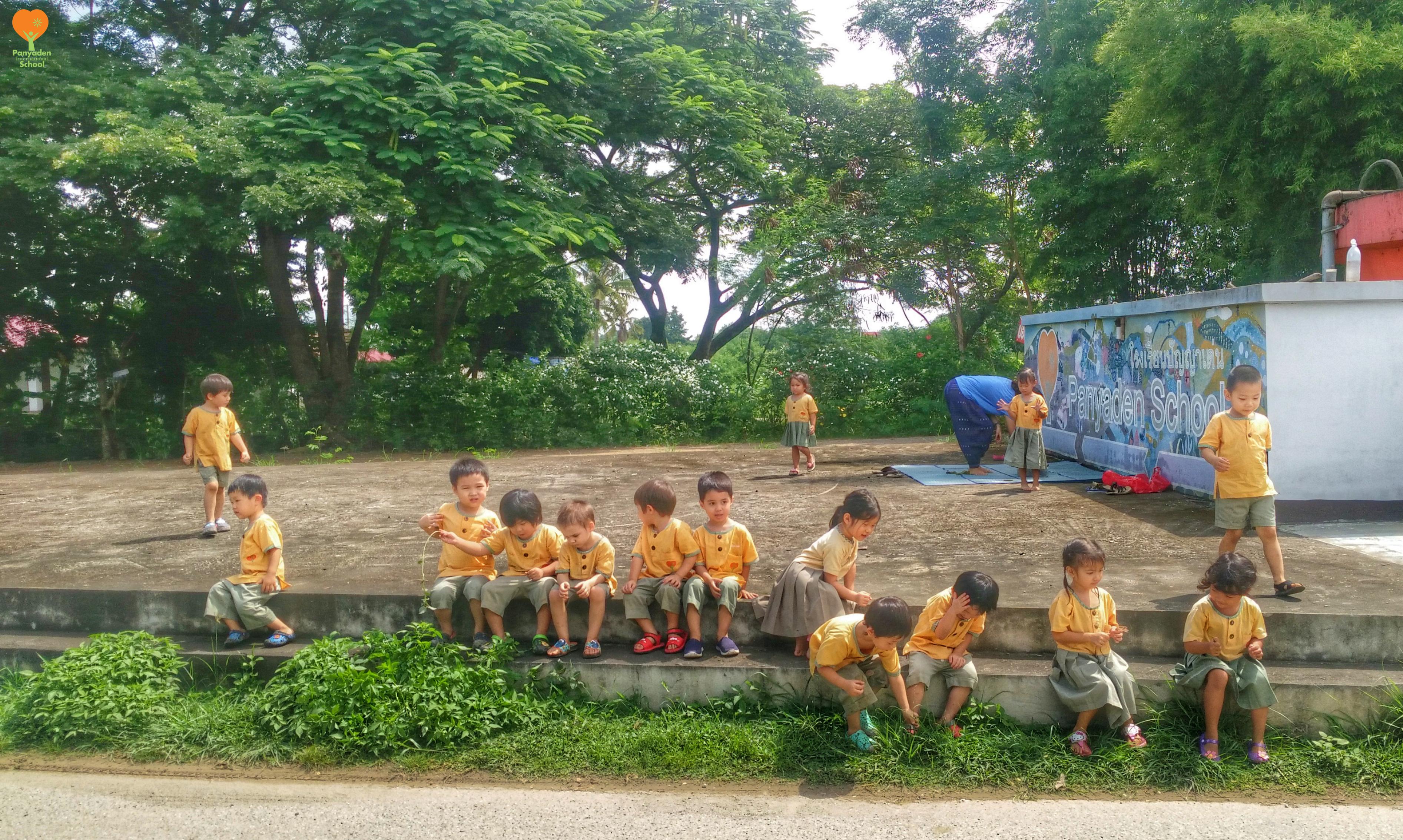 img_25590927_104904-01logo Panyaden Kindergarten 1 (K1) students out in the village
