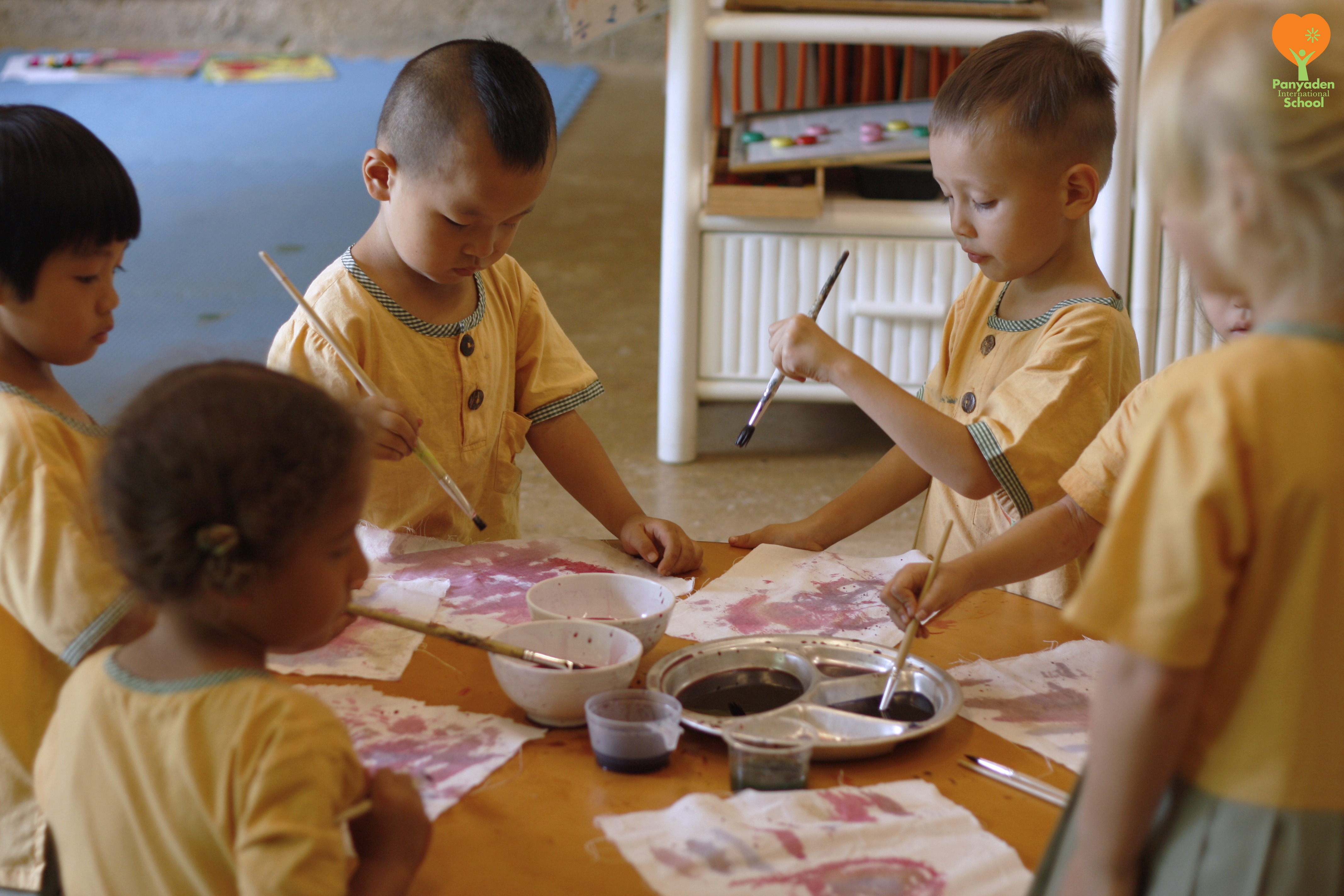 Panyaden students using natural dye for painting