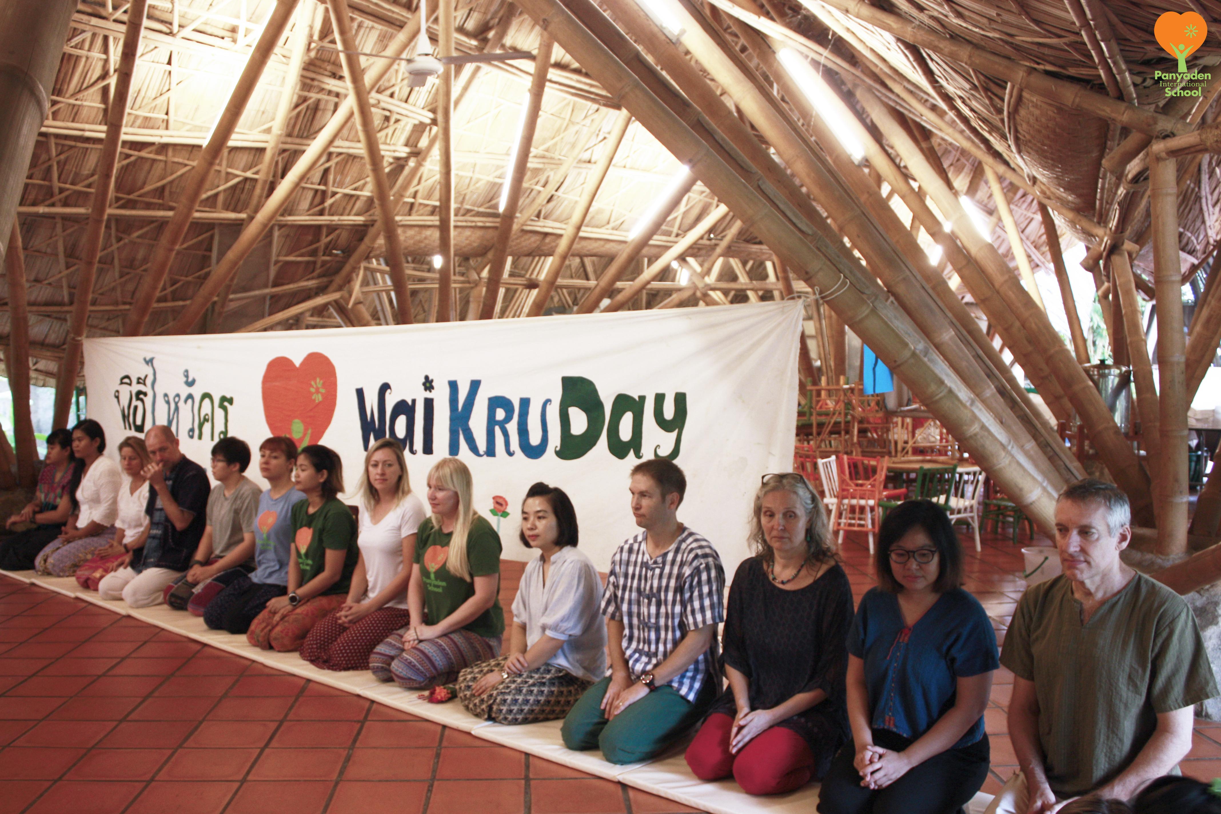 Panyaden teachers on Wai Kru Day 2016