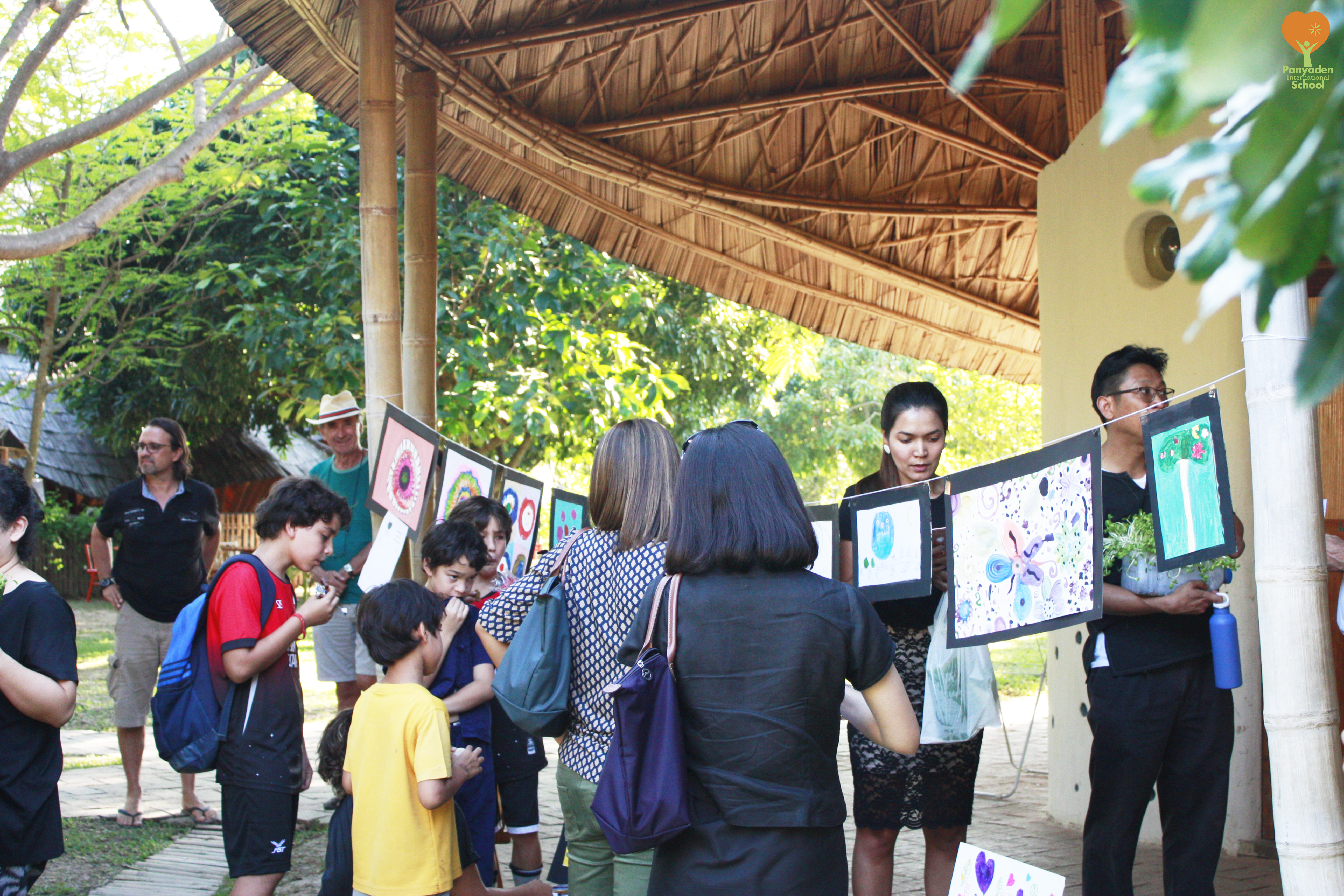 _mg_2653-logo Art by Panyaden primary students for the school's 'My Project'