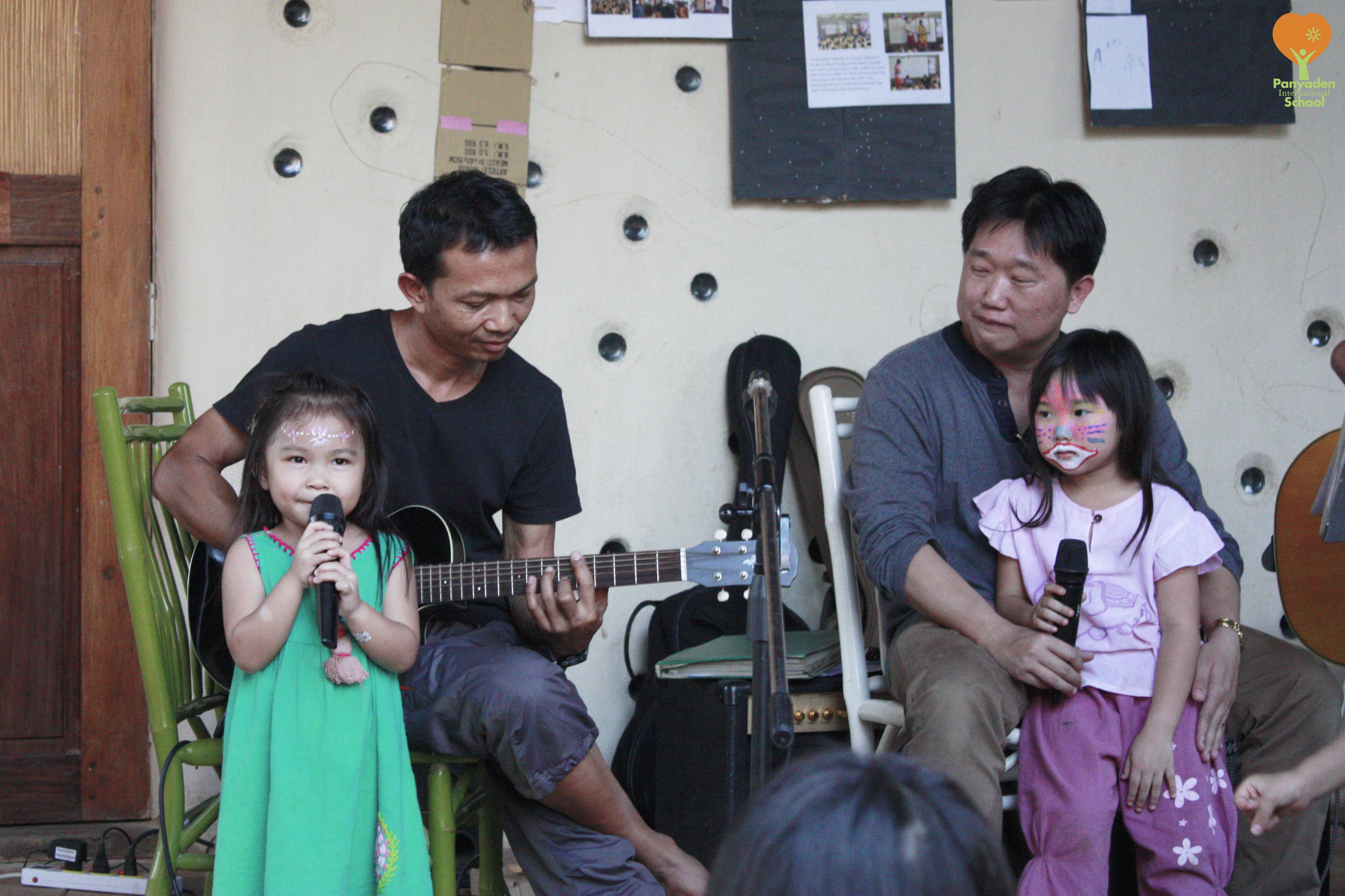 _MG_4050-logo Panyaden students singing on Children's Day