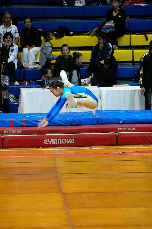 panyaden-international-school-student-amber-doing-her-routine-during-gymnastics-contest-in-bangkok-2017