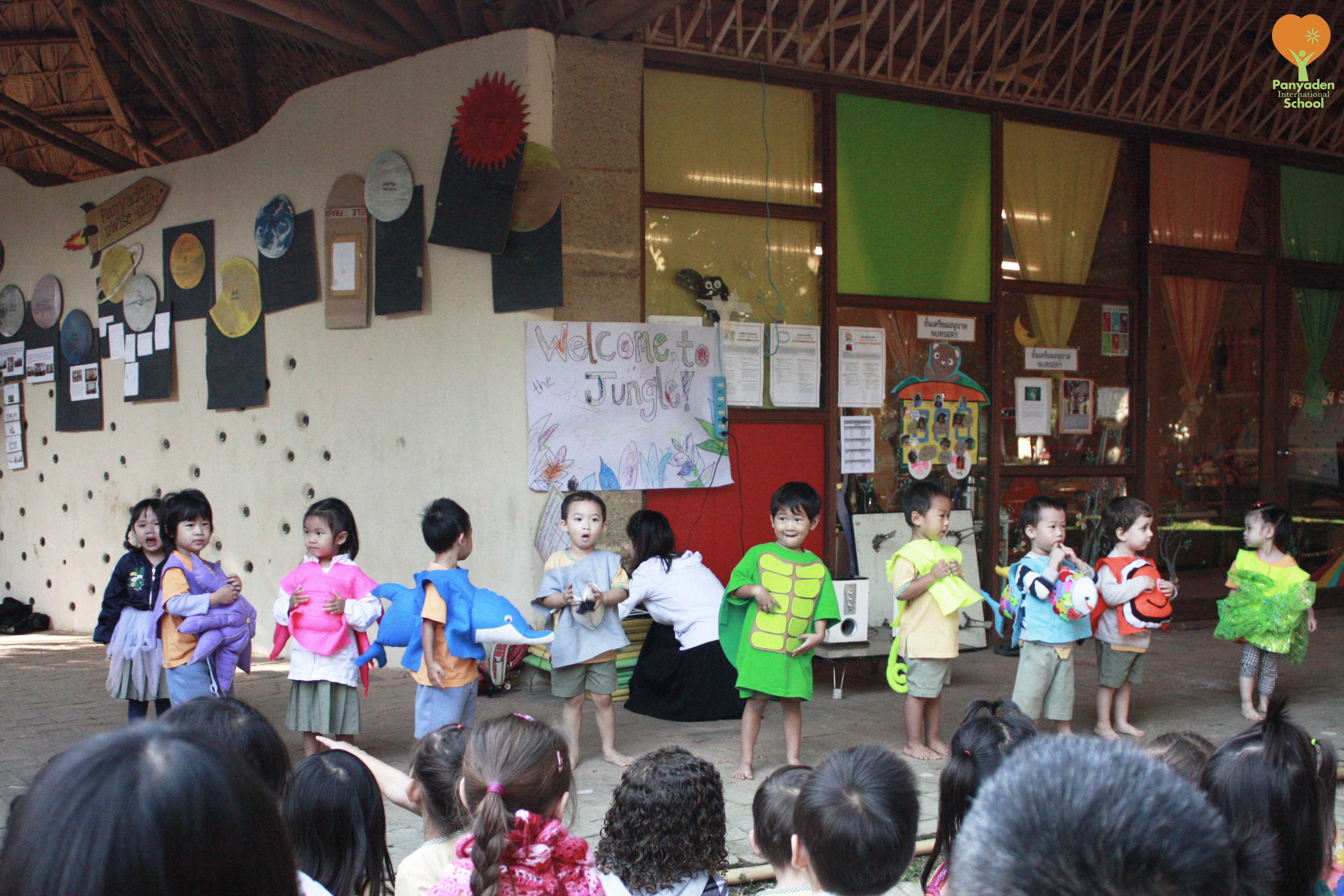 Panyaden nursery children put up a show for their parents to celebrate their learning