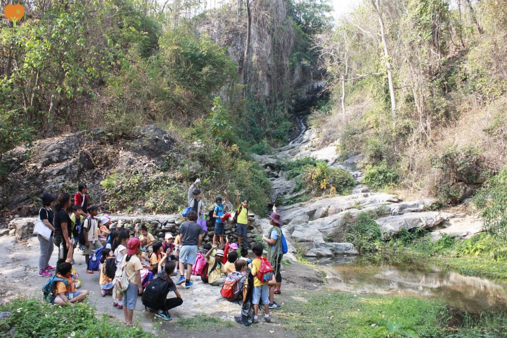 Panyaden Social Contribution Day 2017: Year 3 and 6 students at Huay Kaew waterfall Chiang Mai