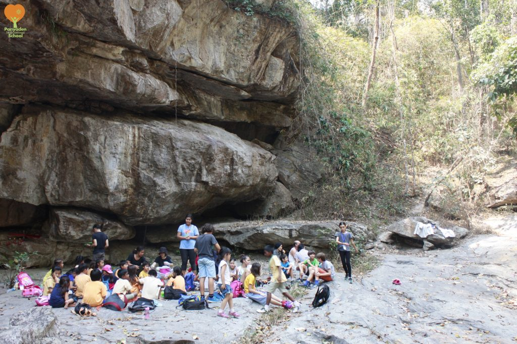 Panyaden Social Contribution Day: Year 3 and 6 at Huay Kaew waterfall