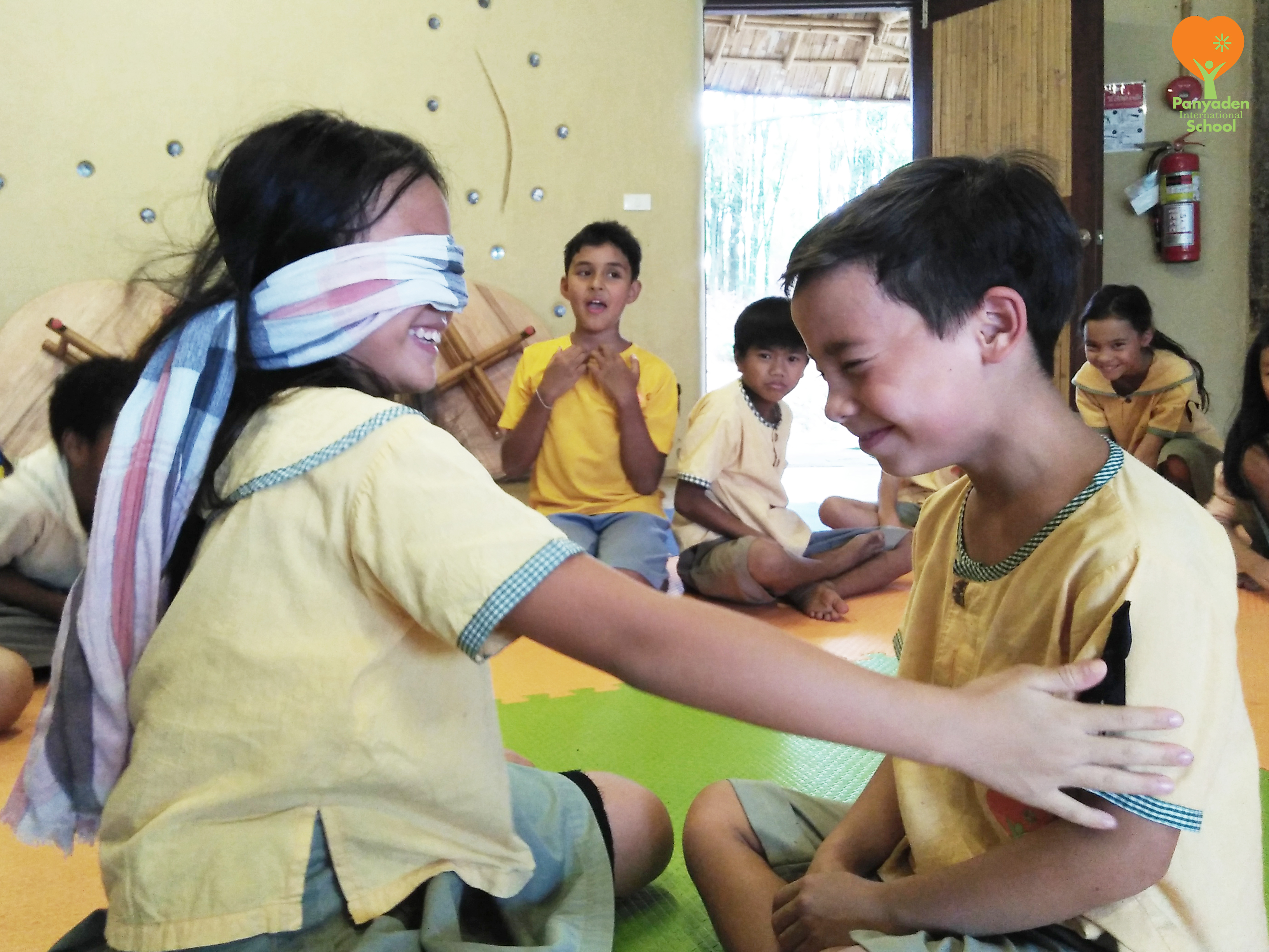 Panyaden Year 4 performing arts class - building empthay