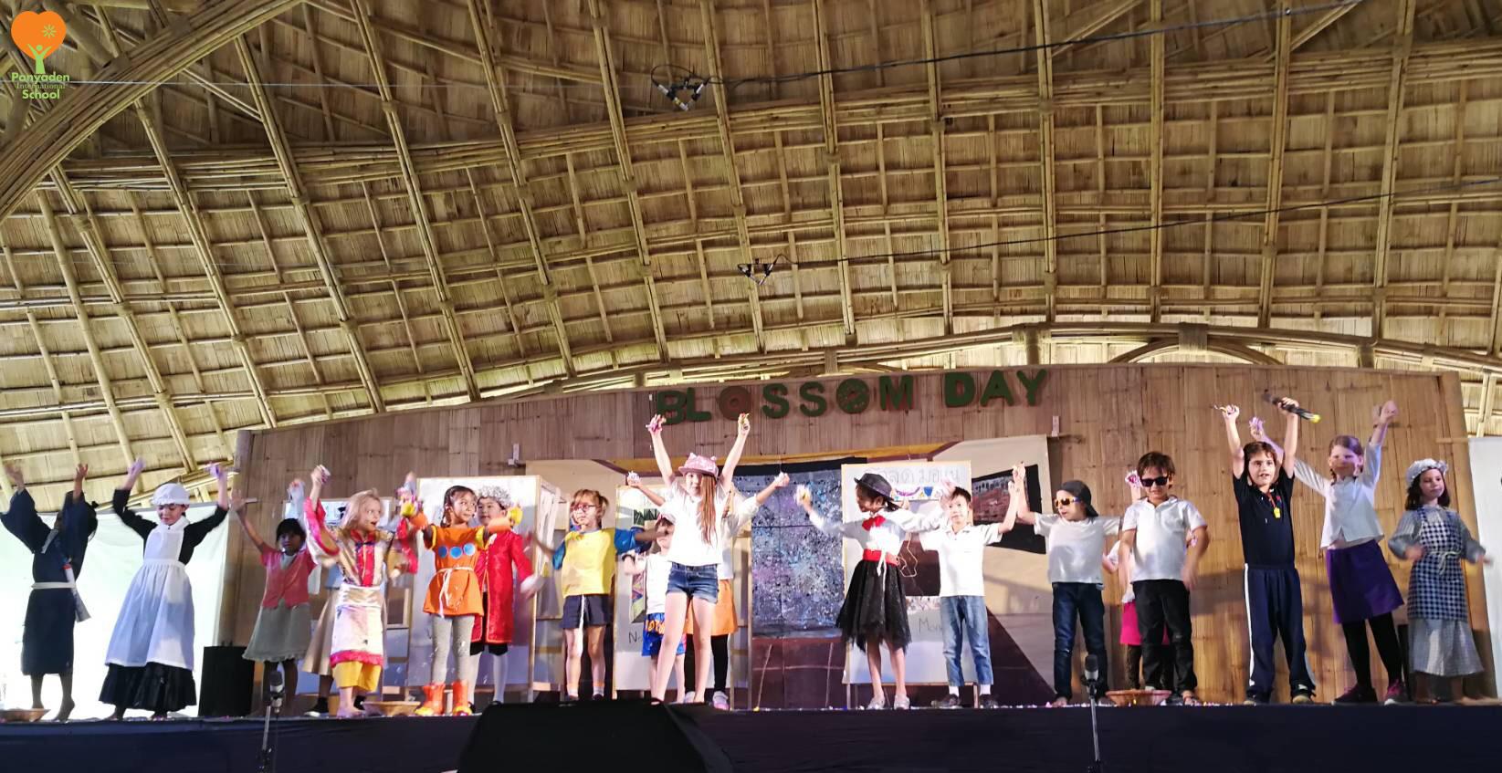 Panyaden Blossom Day 2017 celebration show