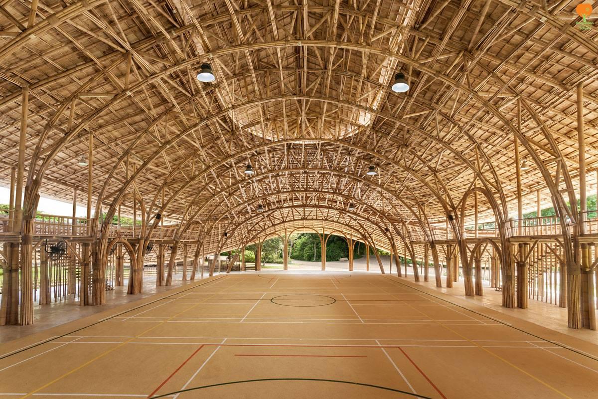 Panyaden International School bamboo sports hall. Photo by Alberto San Cosi