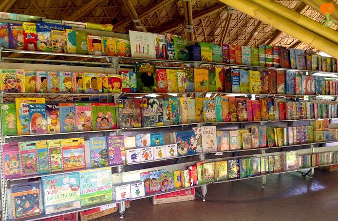 Panyaden Book Fair 2017. We love reading!