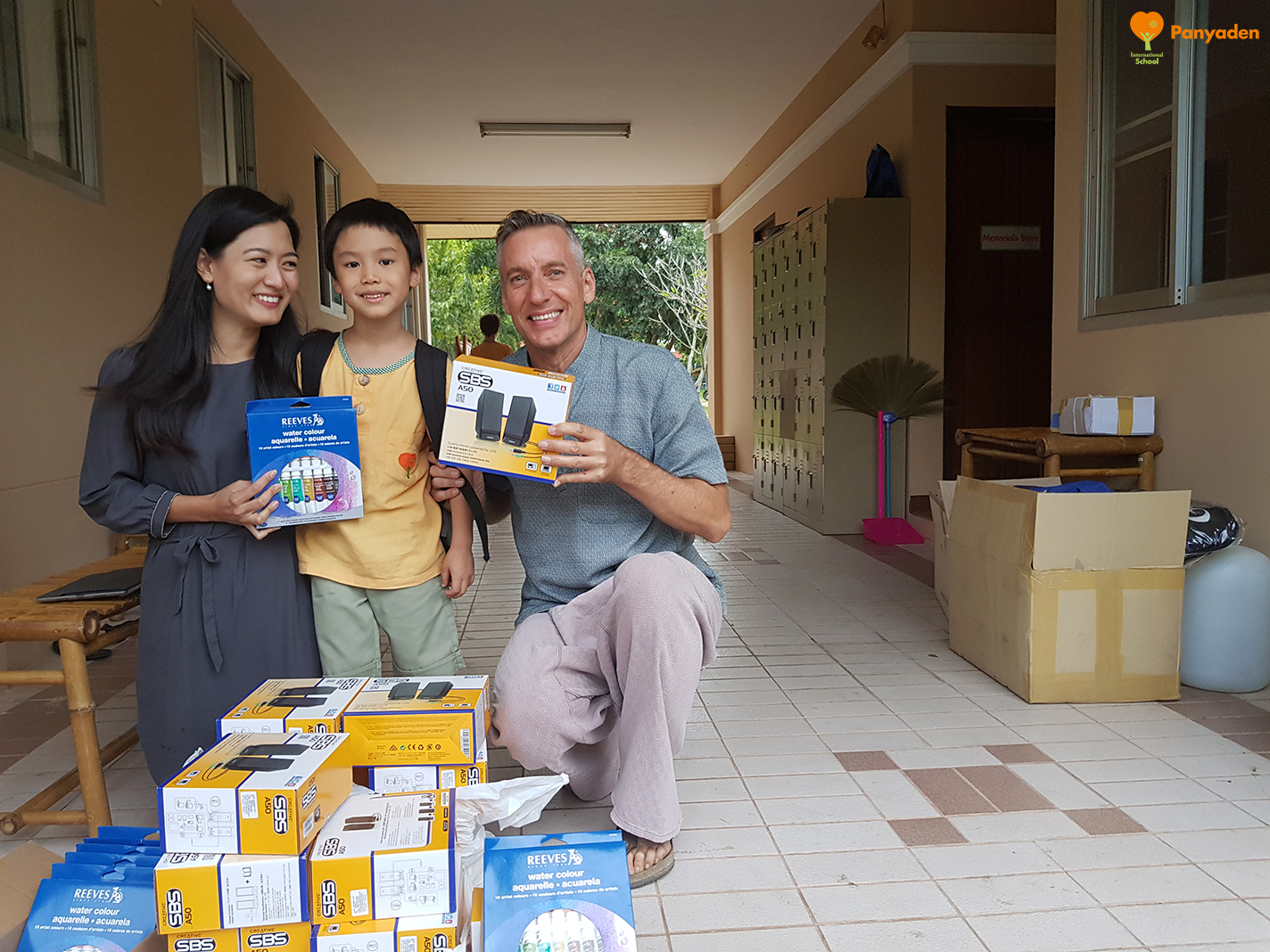 Year 2 Nong Puri with mum and Panyaden School Director, Neil Amas