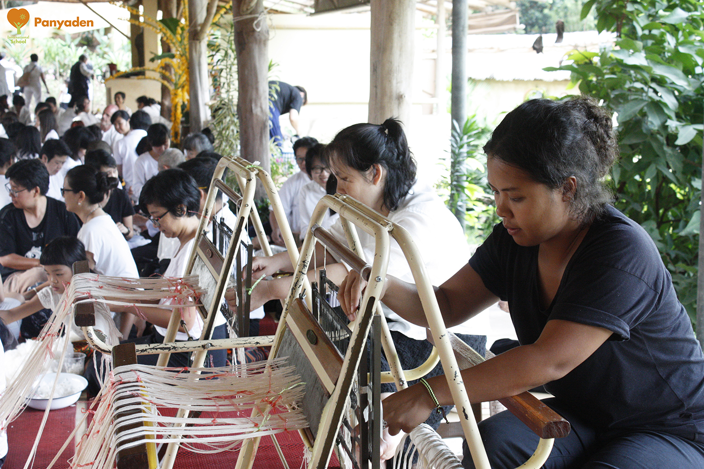 Weaving cotton threads, Panyaden at Jula Khatina in CHiang Rai