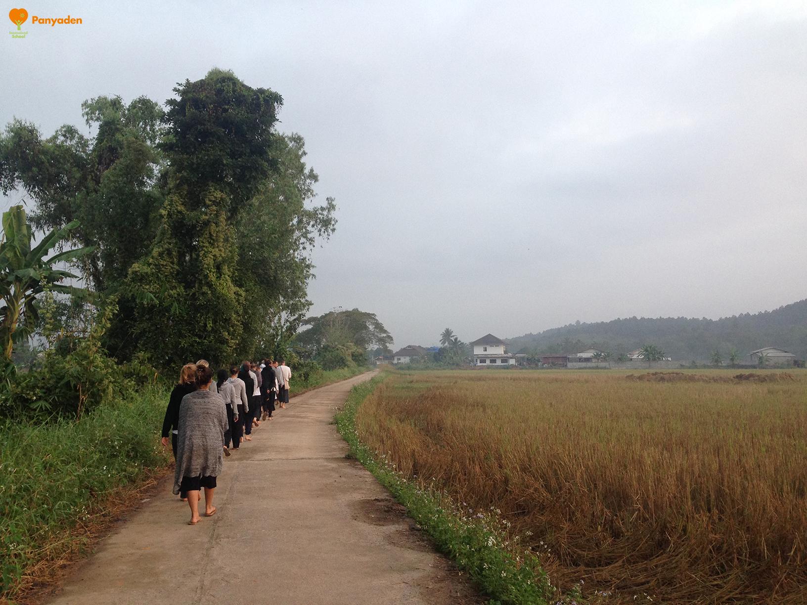 Panyaden teacher meditation retreat 2017 - walking meditation and morning alms