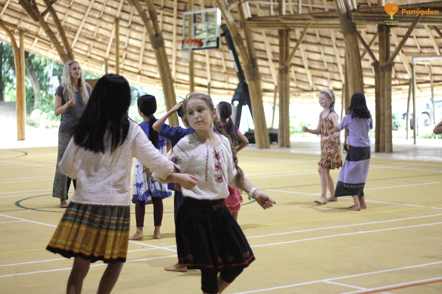 Panyaden Youth Theatre students rehearsing Mary Poppins
